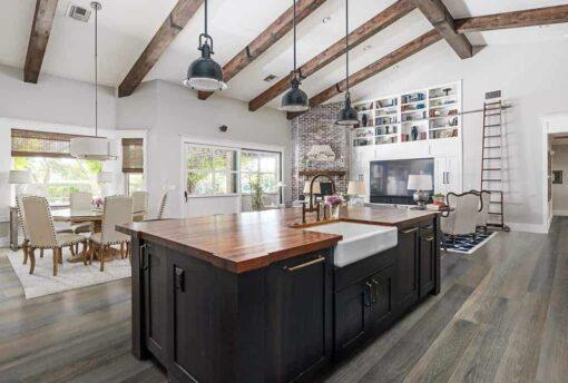 Indie Oak Geowood in Kitchen